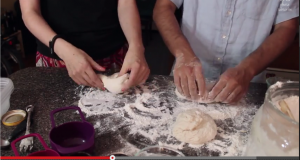 Making Homemade Pizza With XOXO Cooks [VIDEO]